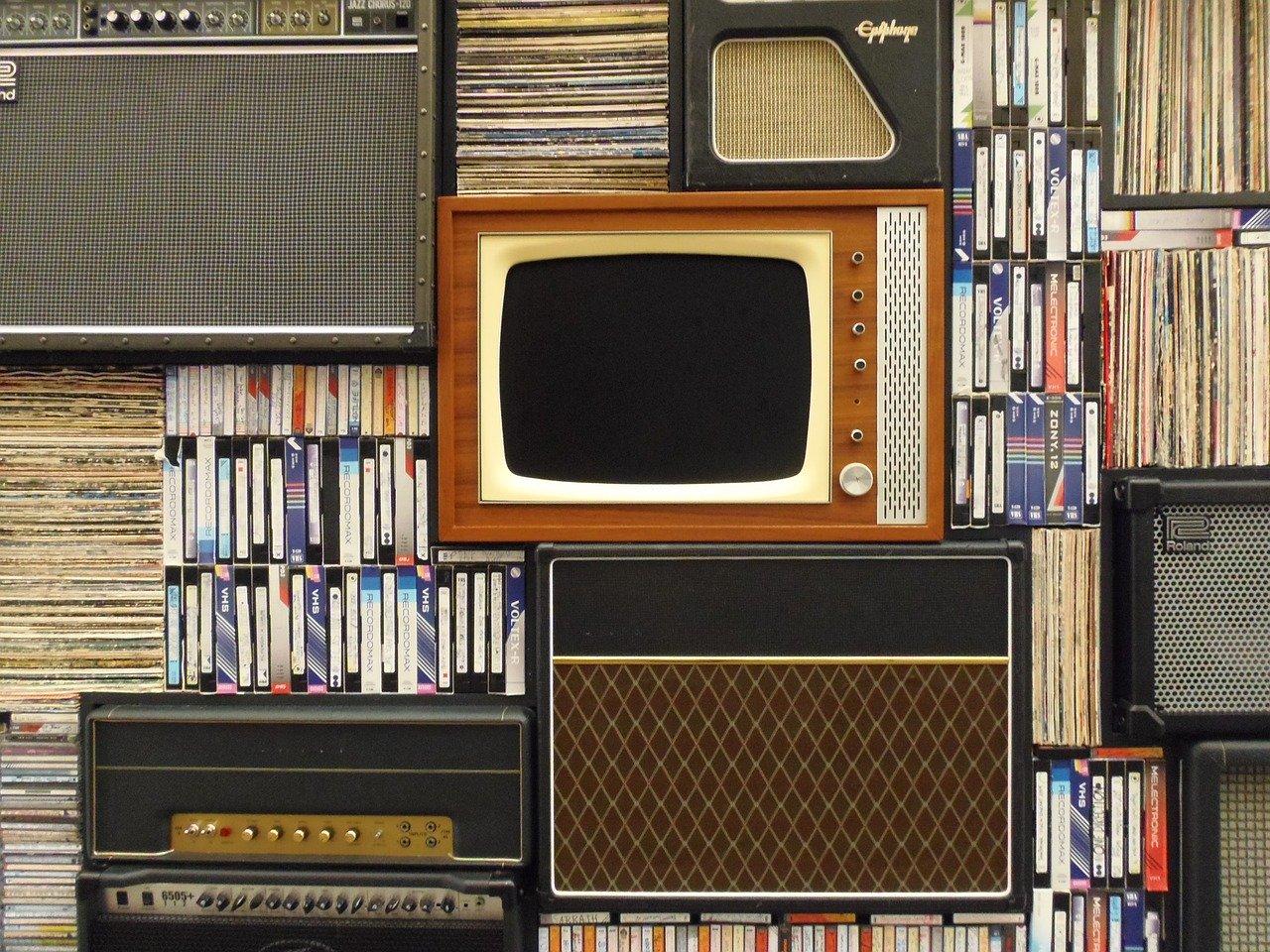 televizní nebo rozhlasový přenos